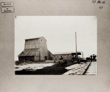Oudste foto Wilhelmina - voorkant.jpg